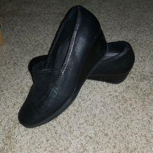 Clark's black wedge heal leather shoe